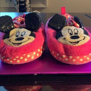 Other - Girl's Minnie Mouse slippers